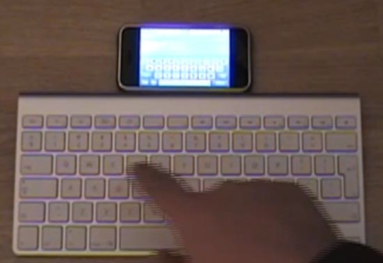apple-bt-iphone-keyboard.jpg