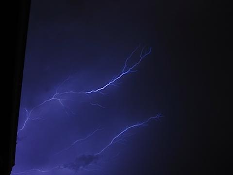 lightning-IMG_2424.JPG