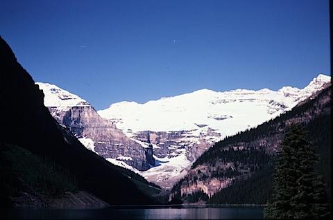Alaska-1to5-81452705-SLD-001-0111.jpg