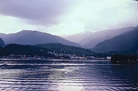 Alaska-6to8-81452712-SLD-001-0010.jpg