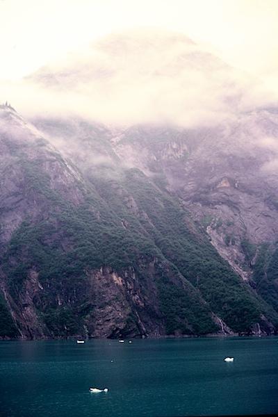 Alaska-6to8-81452712-SLD-001-0022.jpg