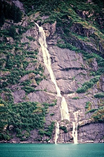 Alaska-6to8-81452712-SLD-001-0054.jpg