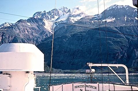 Alaska-6to8-81452712-SLD-001-0108.jpg