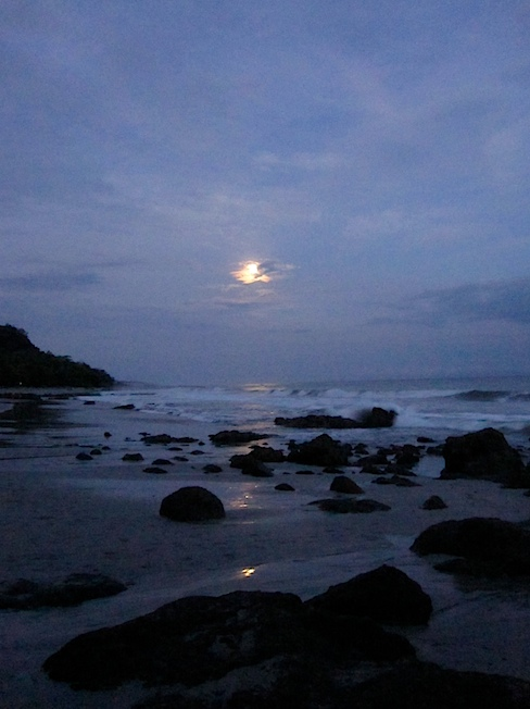 moon-over-montezuma-IMG_1302.jpg
