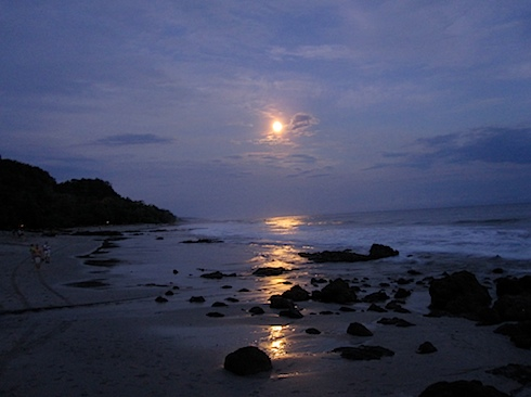 moon-over-montezuma-IMG_1310.JPG